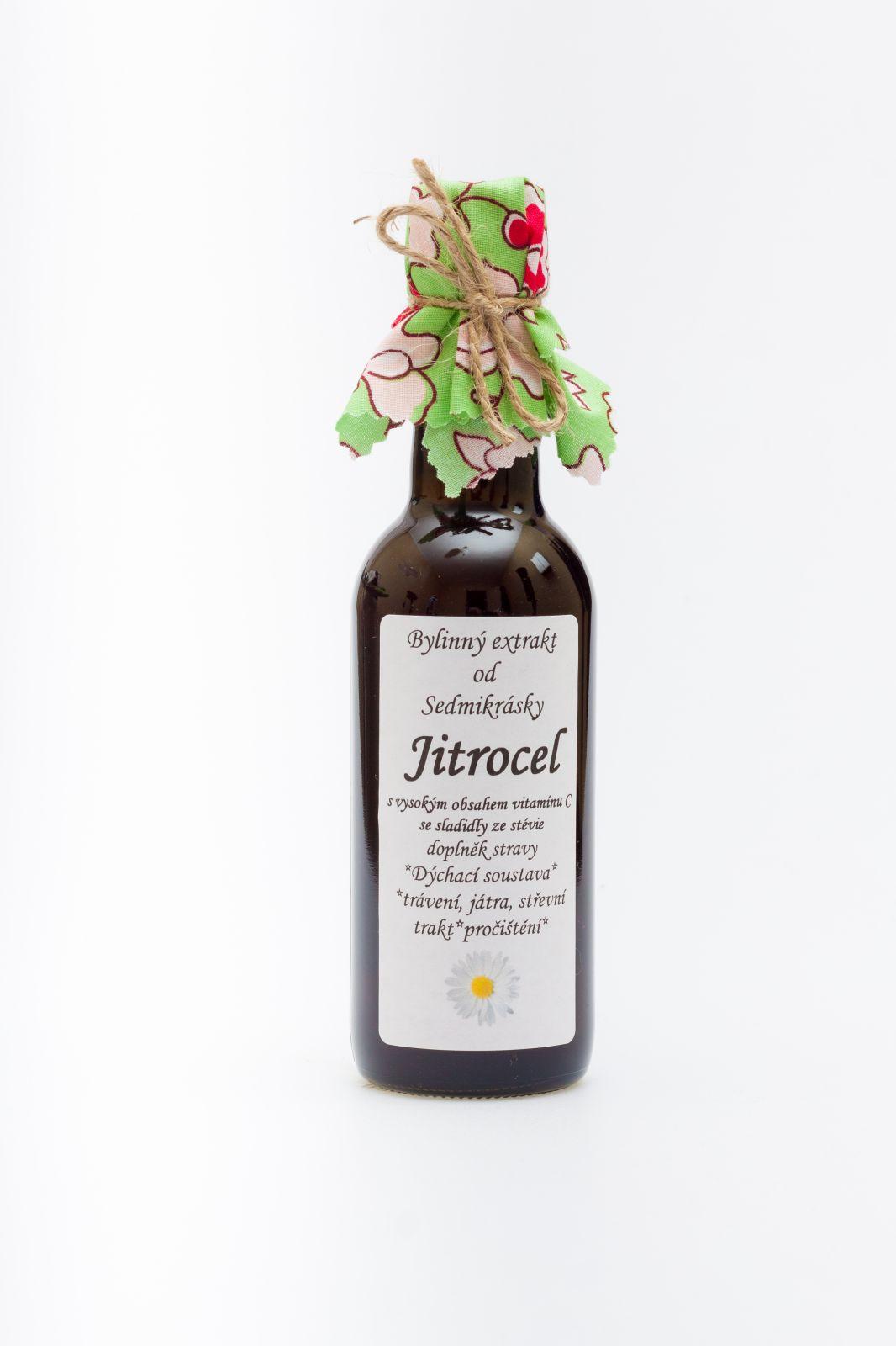 Sedmikráska bylinný extrakt Jitrocel 250 ml dýchací soustava, antioxidant, trávení, játra, střevní trakt, pročištění Rodinná farma Sedmikráska