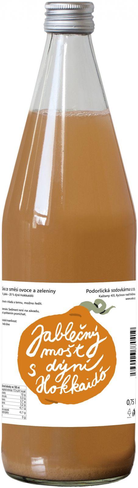 Podorlická sodovkárna 100% mošt Jablko Hokkaido 0,75 l O dýni Hokaido je známé, že vyniká skvělou sladkou chutí, a tak se výborně hodí i pro výrobu džusů. Je především bohatá na živiny a minerální látky. Vychlazený mošt s dýni Hokaido dokonale osvěží Podorlická sodovkárna Rychnov n/ Kněžnou