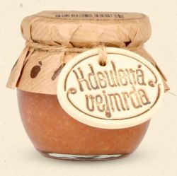 Chuť Moravy  Kdoulová vejmrda - pod názvem vejmrda se skrývá tradiční pochoutka z křene, masového vývaru, octa a většinou jablek, které jsou nahrazené  voňavými kdoulemi. 100 g