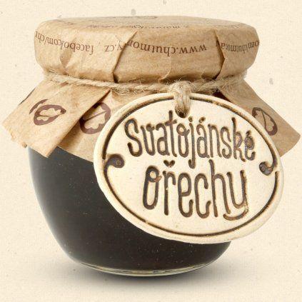 Chuť Moravy Svatojánské ořechy jsou delikatesa vyrobená z vlašských ořechů, podle původní 100 let staré receptury 100 ml Chuť Moravy s.r.o.
